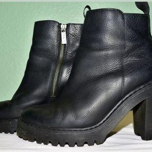 Dr martens magdalana boots